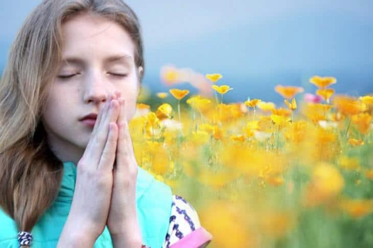 Как правильно читать молитву Господню