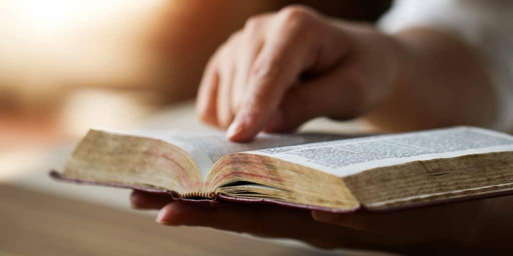 "Читать онлайн молитву ""Отче наш"" на чувашском"
