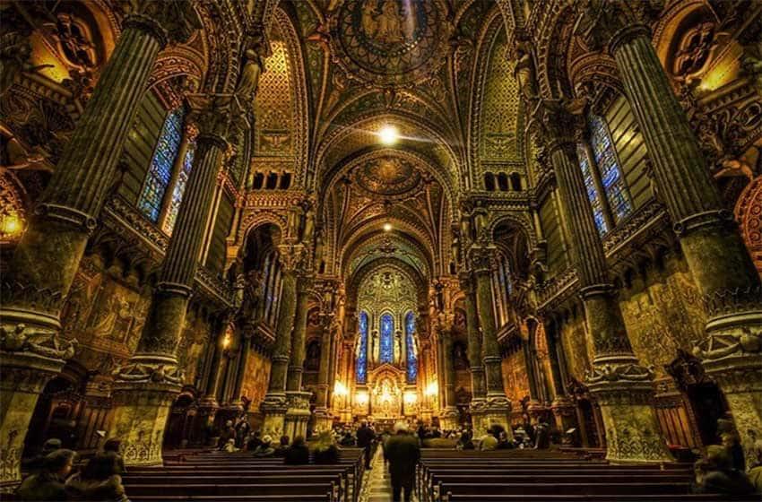 Молитва «Отче наш» на французском языке русскими буквами: слушать, распечатать, скачать на телефон