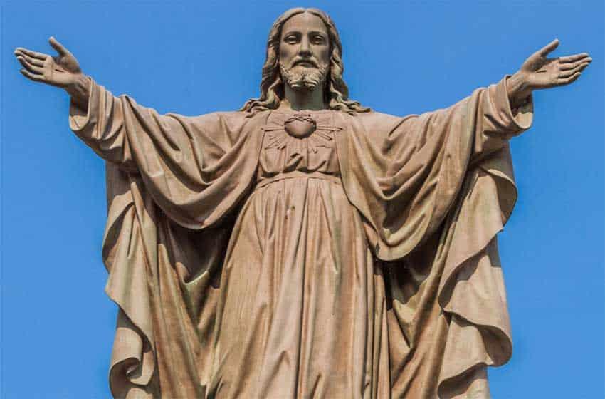 Молитва «Отче наш» на испанском языке русскими буквами: слушать, распечатать, скачать на телефон