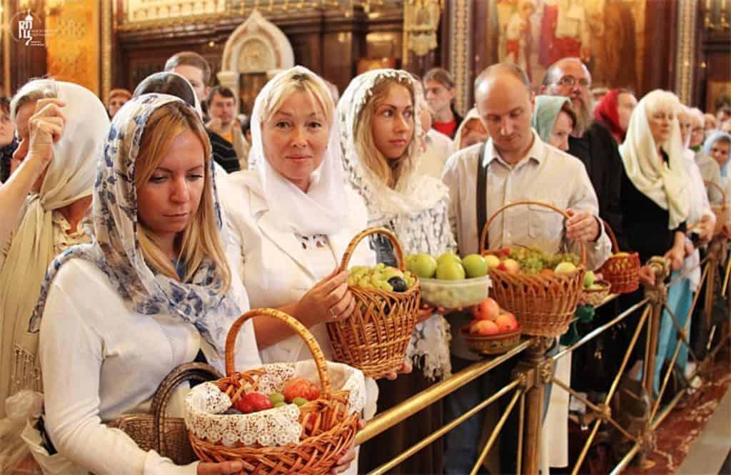 Славянские традиции в Яблочный спас