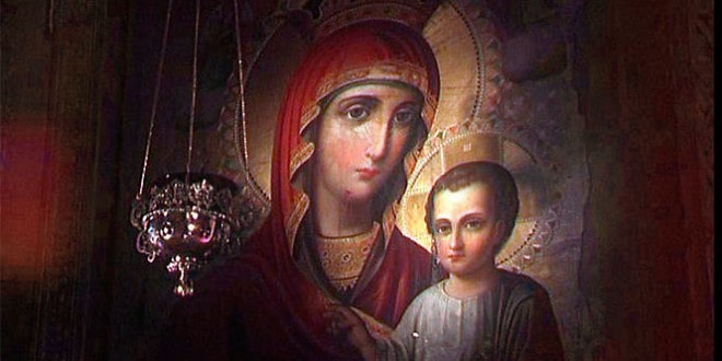 О чем молятся и что просят у Иверской Иконы Божьей Матери