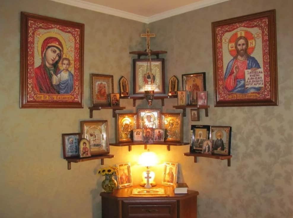 Слушать аудио молитву перед иверской Иконой Божьей Матери