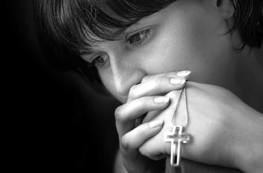 Молитва матери о сыне очень сильная защита на все случаи жизни – о здоровье, об исцелении, удаче, от пьянства, материнская защита. Молитвы Господу Иисусу Христу, Николаю Чудотворцу