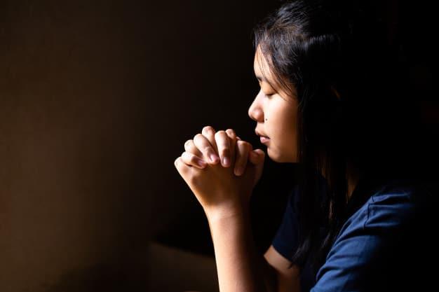 Молитвы о встрече второй половинки для женщин и мужчин