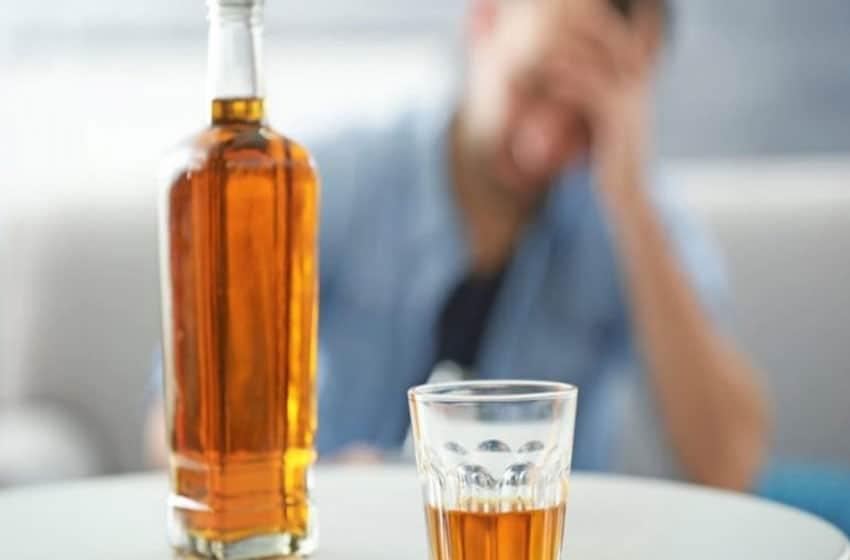 Молитвы от пьянства сына сильная – неупиваемая чаша, Николаю Чудотворцу, на расстоянии, перед иконой