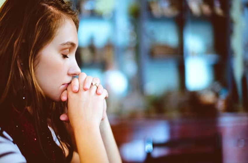 Молитва «Символ веры» - текст на русском и старославянском языках