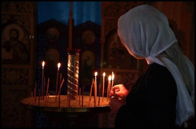 Читать онлайн молитву «Феодоровской» иконе Божьей Матери о детях и помощи 1-ю
