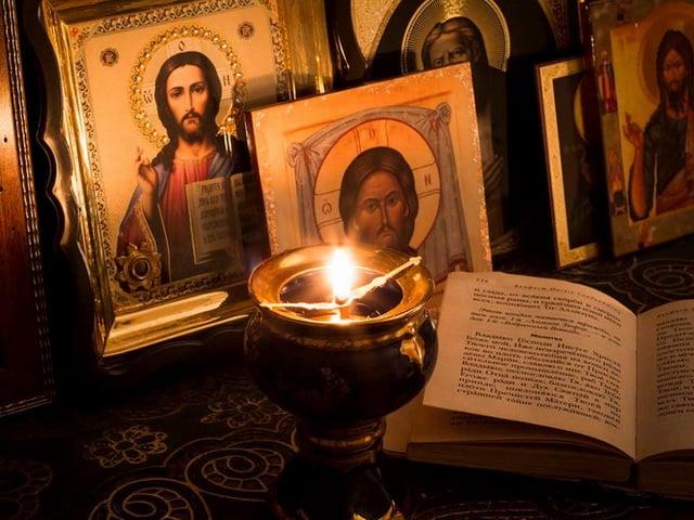 Текст молитвы «Живые в помощи» (Псалом 90) на русском языке полностью читать с ударениями