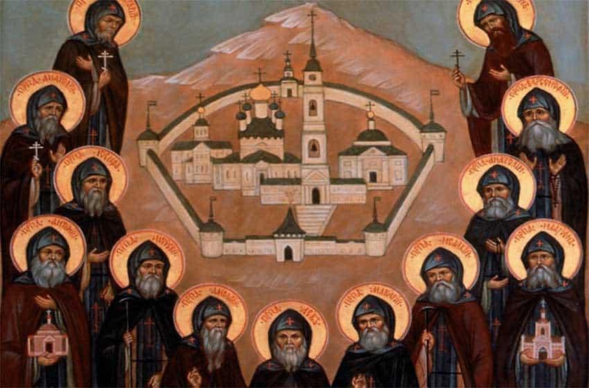 15 самых сильных молитв Оптинских старцев на каждый день