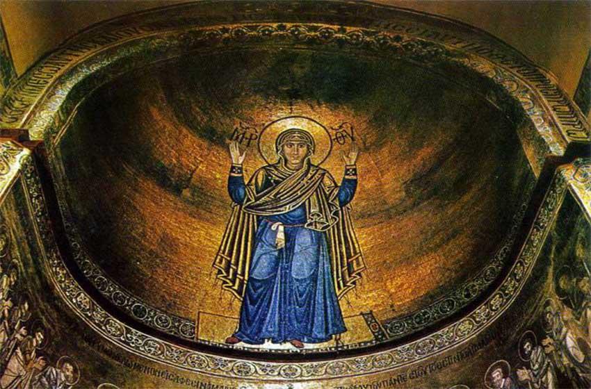 3 самых сильных молитвы иконе Божьей Матери «Нерушимая стена»