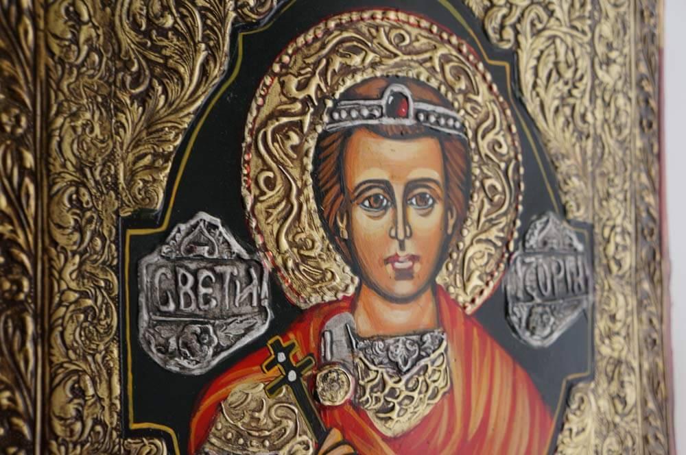 Читать молитву святому Георгию Победоносцу