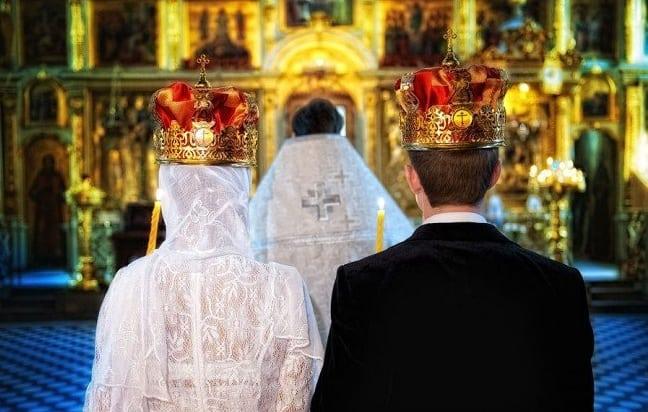 Молитва о женитьбе сына и создании семьи – универсальная молитва на русском языке