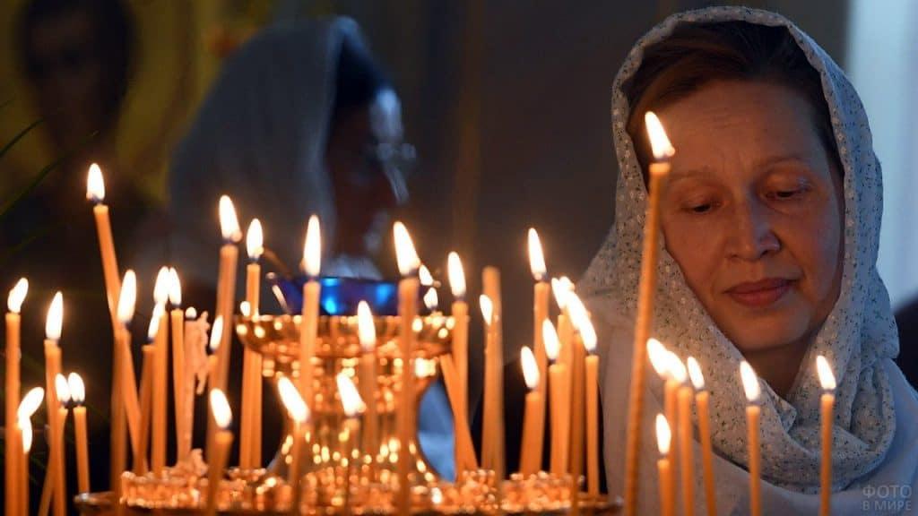 Читать молитву в день рождения ребенка
